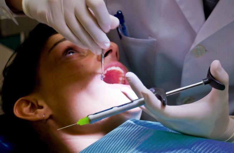 Чем обезболить зуб при удалении в домашних условиях
